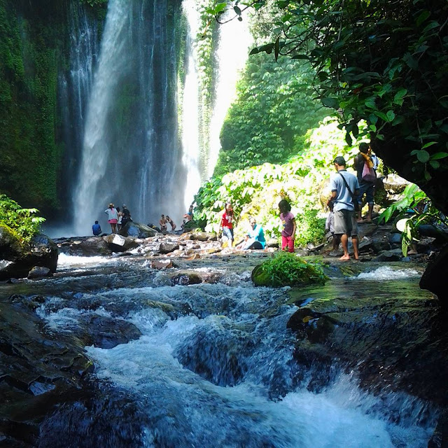 foto indahnya tiu kelep waterfall