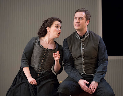 Mozart: The Marriage of Figaro - Rhian Lois, Thomas Oliemans - English National Opera (photo Alastair Muir)