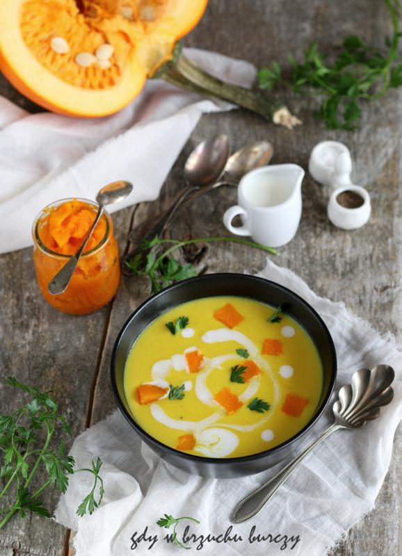 Zupa dyniowa z mlekiem kokosowym, imbirem i kaszą jaglaną