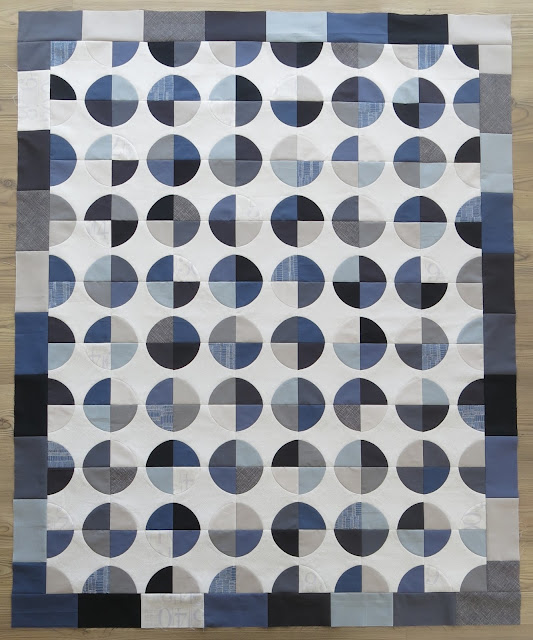 Amish Grace - Quiltmania Simply Modern - Top finished