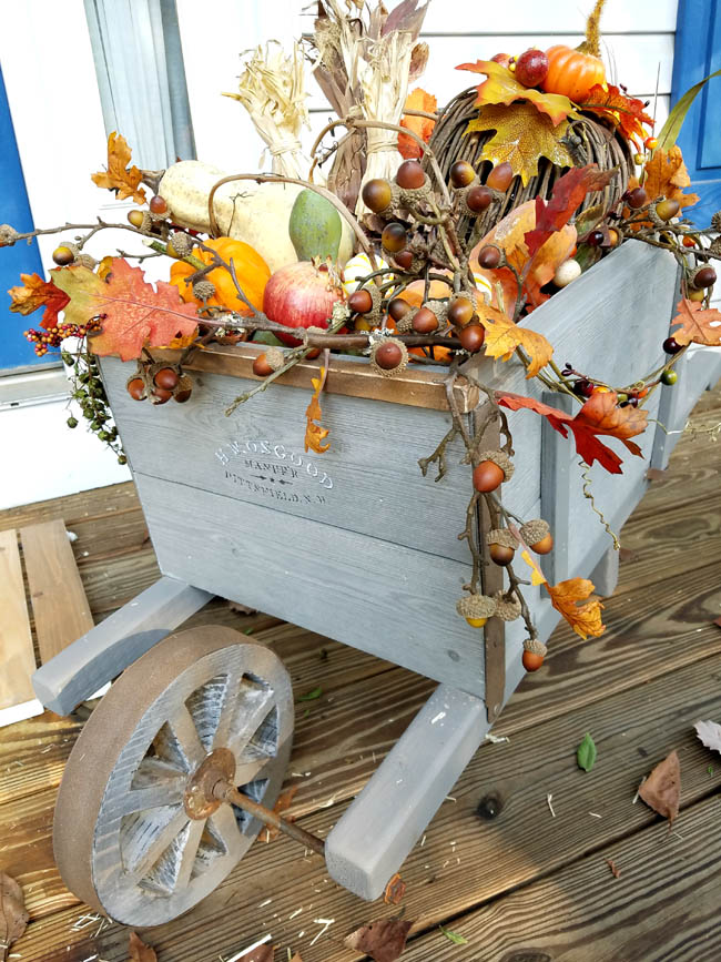 front porch decor, fall accessories for porch decor