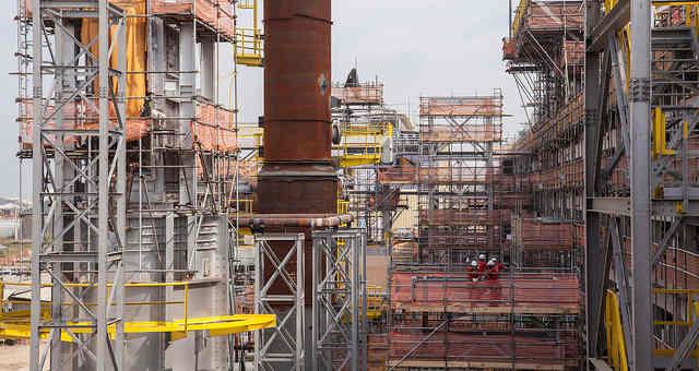 Petrobras e chinesa CNPC definem modelo de negócio para concluir Comperj