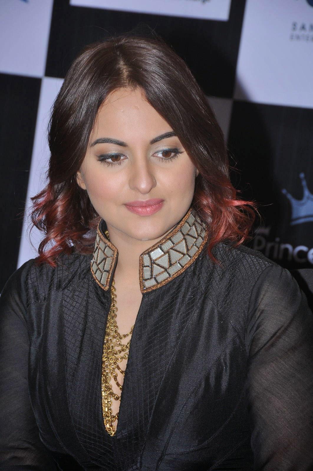 Sonakshi Sinha Latest Photos In Black Dress At Tevar Movie -3488
