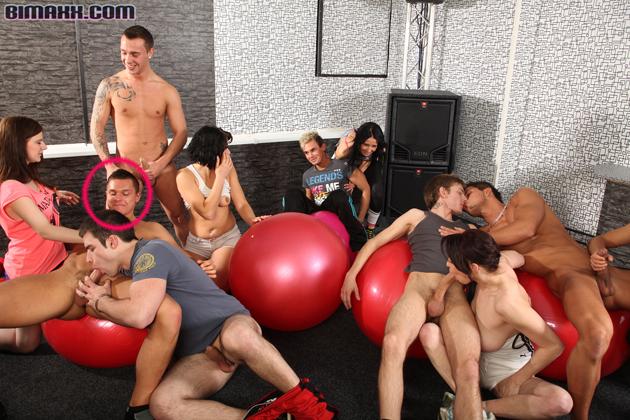 gay porno videos - XNXXCOM