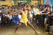 Rayudu movie Stills-thumbnail-1