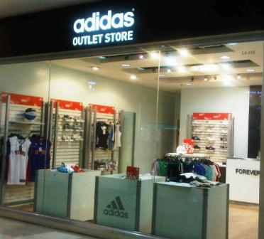 Establecer detergente lo hizo  Manila Shopper: Adidas Outlet Store at Market Market