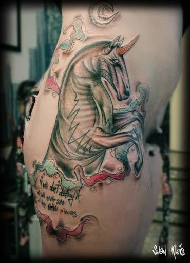 Um atipico unicornio