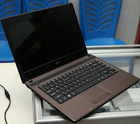 Laptop bekas Acer Aspire 4552