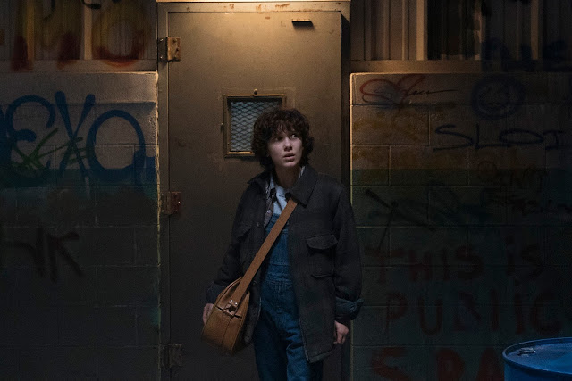 It's Friday the 13th and It's the Perfect time for the Final Trailer for STRANGER THINGS Season 2