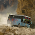 Compleja ruta en el Perú y la historia de Glorioso, un respetado conductor de bus