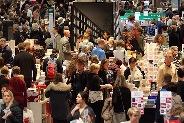 Helsingin Kirjamessuilla oli n. 84000 kävijää vuonna 2017. Valokuva Noora Saarinen