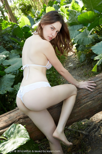 Hot girls Russian teen is Ada control for Anal Creampie 14