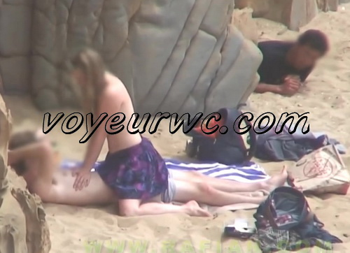 Beach Safaris Sex 23-24 (Hidden cam videos of amateur couples fucking on the beach)