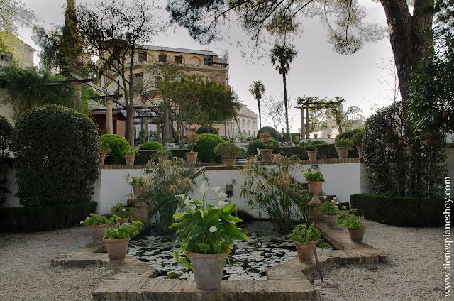 Viaje Ronda jardines Palacio Rey Moro
