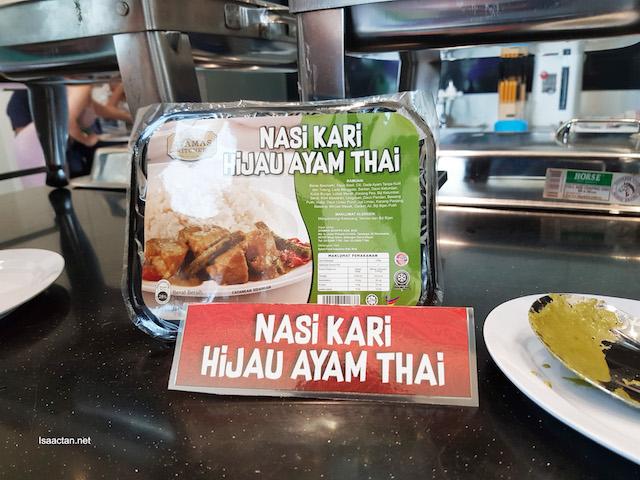 Nasi Kari Hijau Ayam Thai - RM7.90