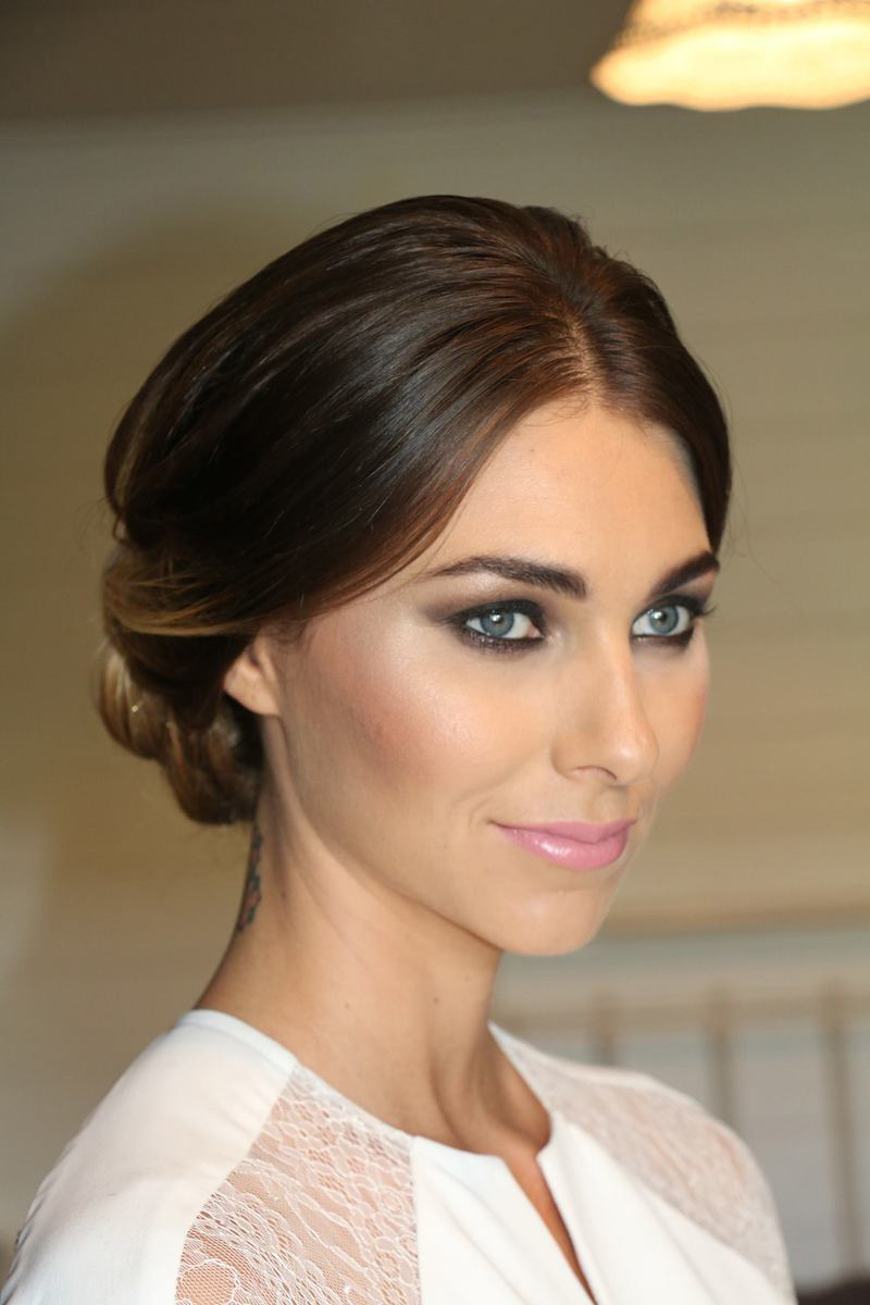 How to Make a Smoky Eye Feel Bridal