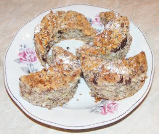 prajituri, prajitura semiluna cu nuca si cacao de casa, retete, dulciuri, deserturi, retete culinare,