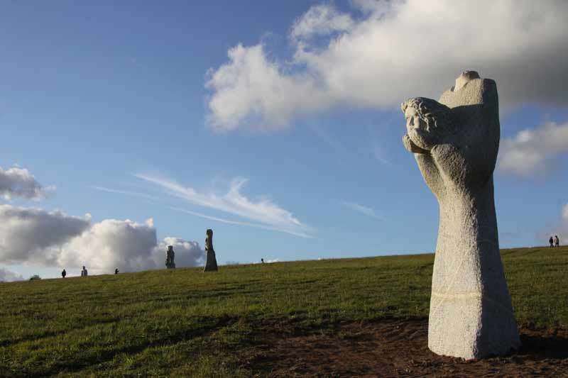 "France is creating its Easter Island with a timeless saga set in stone. Year after year new statues adorn a Breton Hill, are a tribute to the founders of Christianity in this region, from the north come monks, Ireland, Scotland, Wales and Cornwall: St Tugdual, Saint Hernin, St. Gildas, St. Brieuc, St. Malo. Breton that is a project that has gone on for over fifteen years and ""the statues are very much in fifty years."