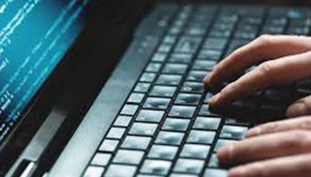"""Jesús Ollarves Irazábal: """"Gobierno se propone controlar la información en Internet"""""""