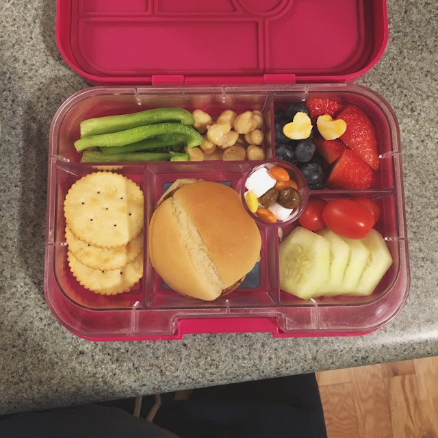 kids lunch - yumbox