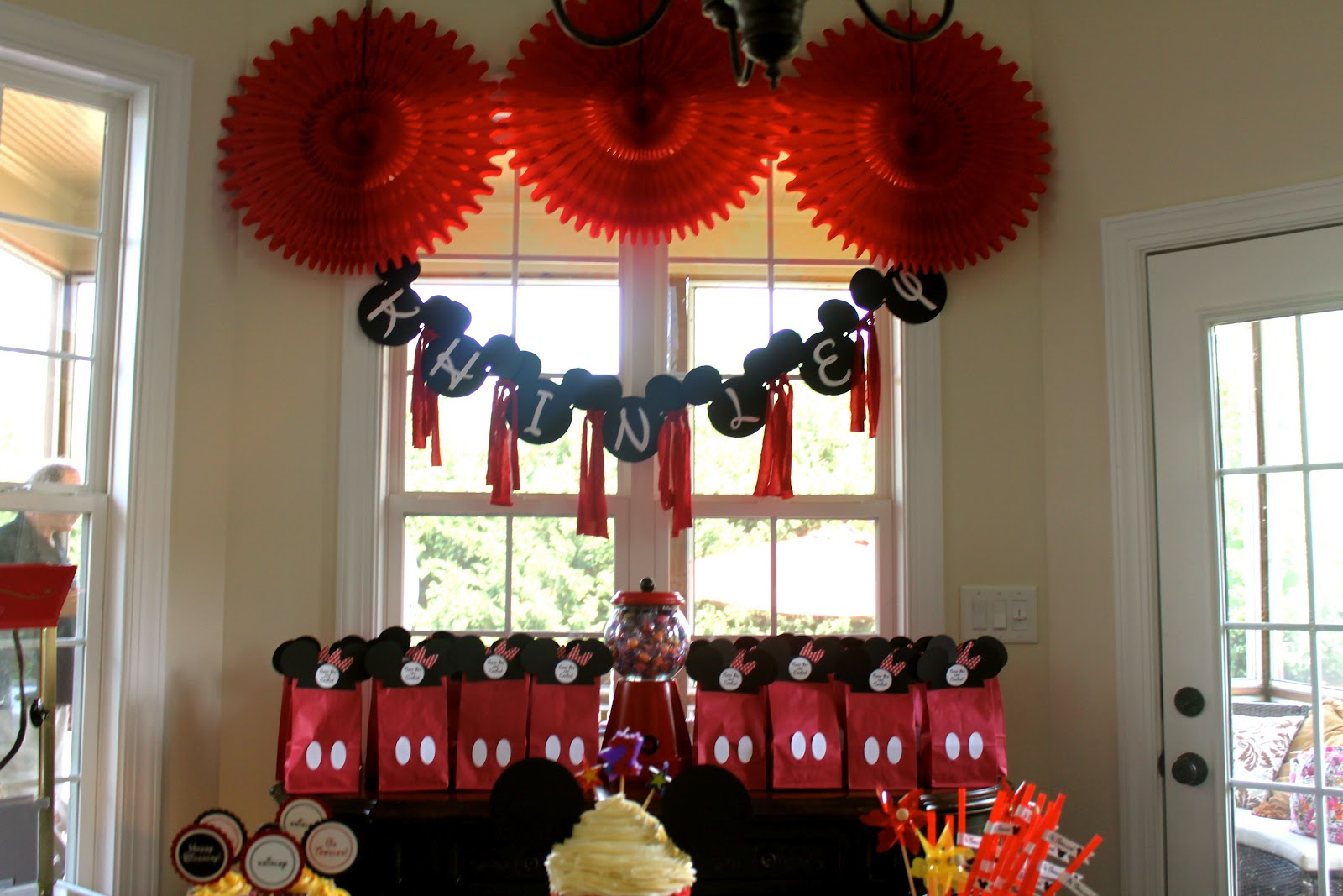 Mae Armstrong Designs Minnie Mouse 2nd Birthday Party