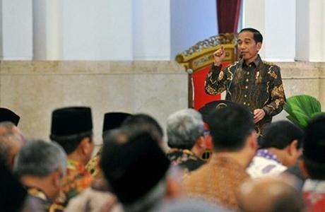 Presiden Jokowi Ingin Selamatkan Kepala Daerah dari OTT KPK