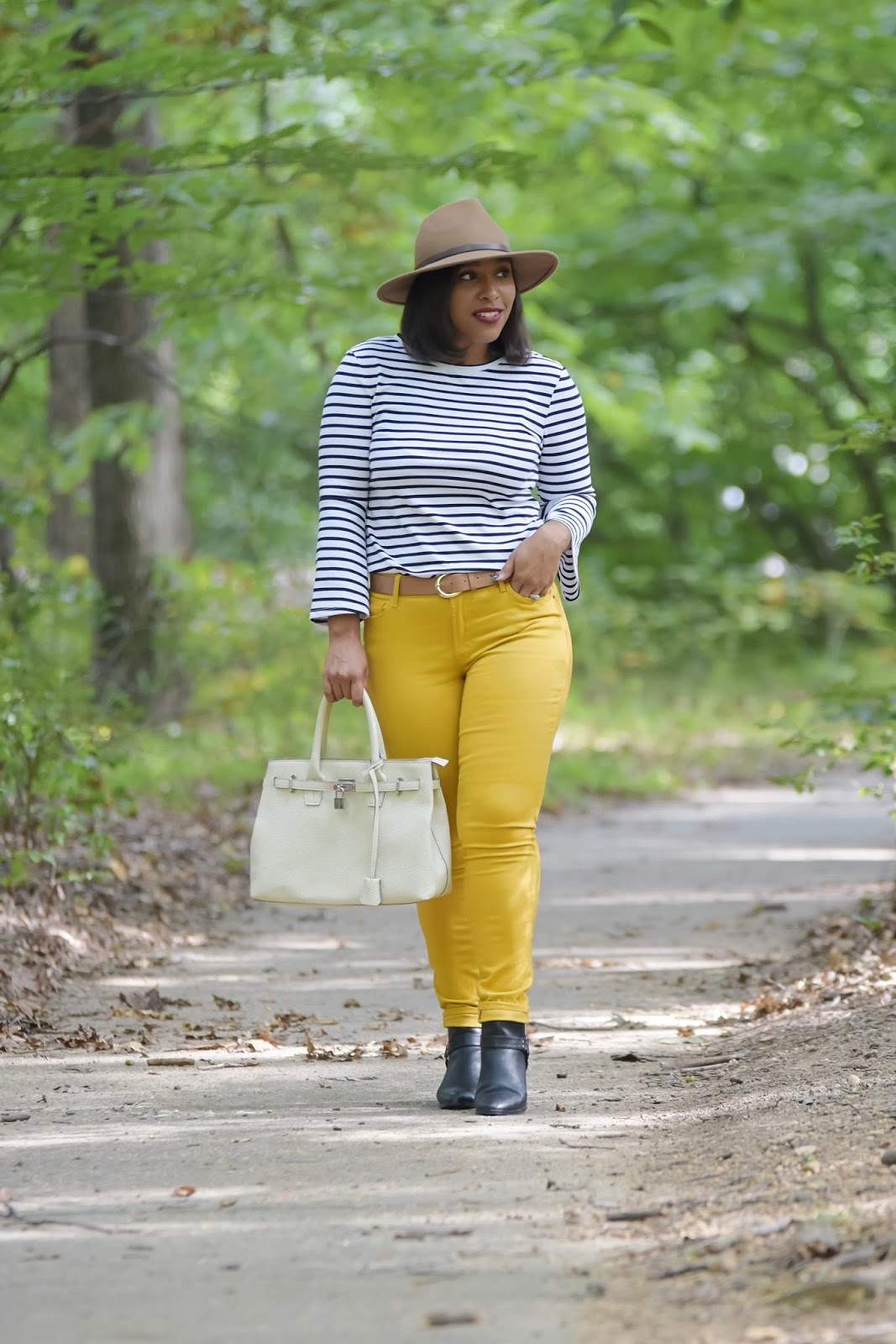 Old Navy Style, Say Hi, stripe top, colored denim, fall outfit looks, wide brim hats, black booties for fall, fall outfit ideas, colored denim