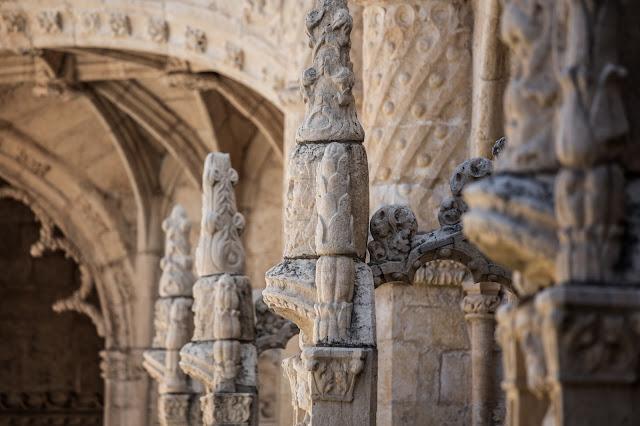 Claustro Alto, Monasterio de los Jerónimos :: Canon ISO200 | Canon 70-200@200mm | f/4.0 | 1/250s