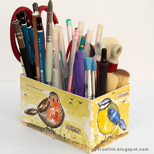 Layers of ink - DIY Watercolor Birds Pen Holder by Anna-Karin Evaldsson. With Sizzix dies by Eileen Hull.