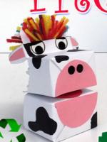 http://manualidadesreciclajes.blogspot.com.es/2016/11/marioneta-vaca-con-tetrabrik.html