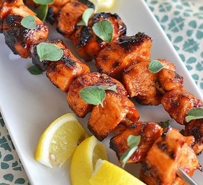 Sriracha-Glazed Chicken Skewers