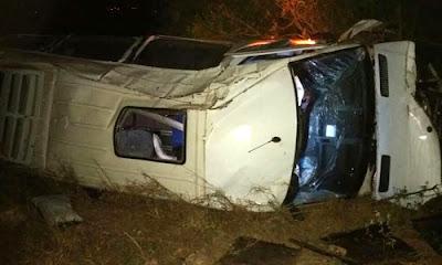Ônibus da banda Rei da Cacimbinha sofre grave acidente no interior da Bahia