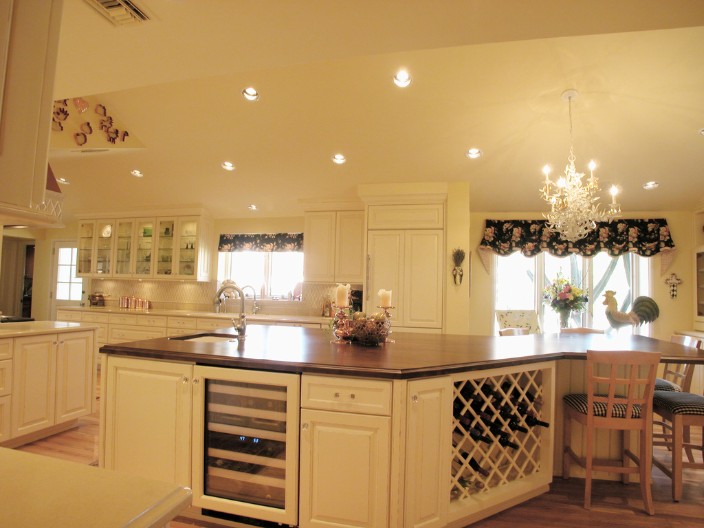 Country Kitchen Decor  Casual Cottage
