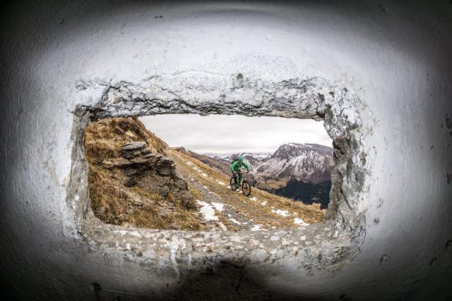 Bikefoto aus einem 1. WK Bunker