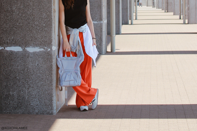 Japanese Fashion Blogger,Mizuho K,20171009OOTD,SINASIS-black tank,KRIZIA-Orange wide leg pants,forever21-windbreaker,adidas for another edition-sneakers,ORIBAGU-silver mesh bulldog backpack