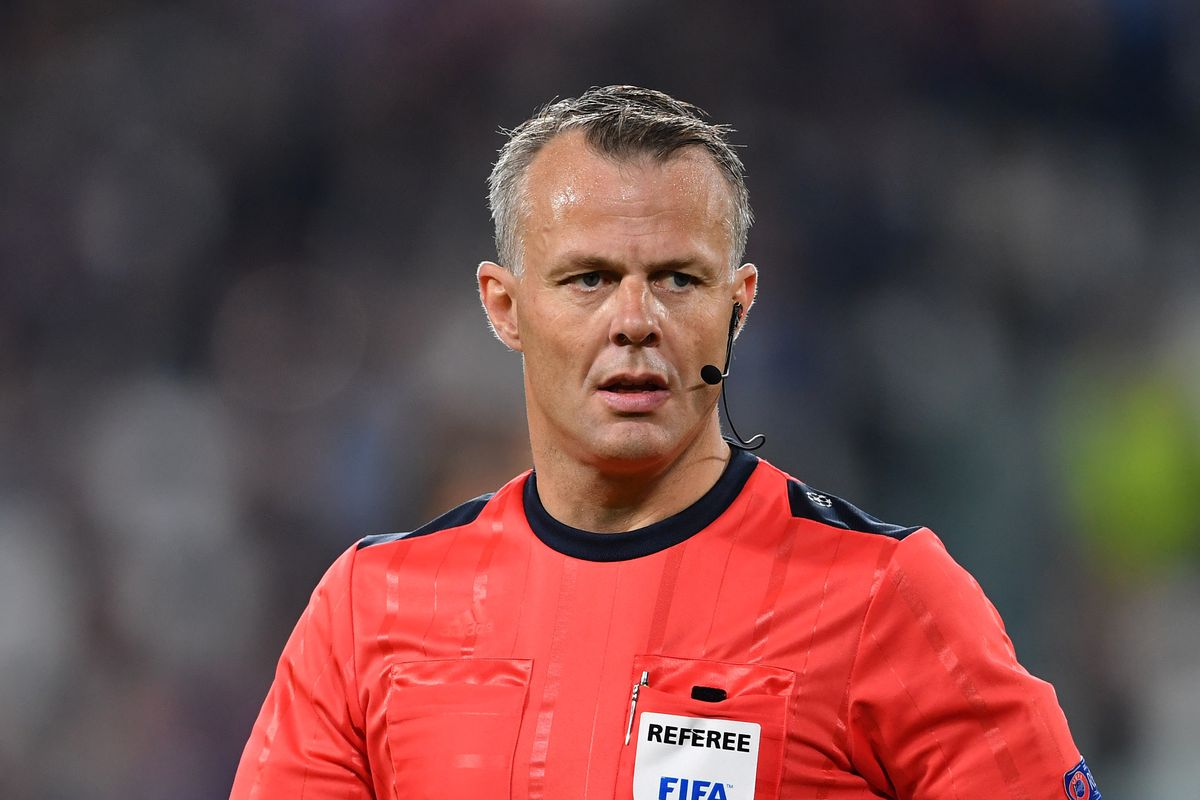 Let s discuss here the performance of Björn Kuipers in Brazil - Costa Rica.  Good luck to the officiating team! df6194f47