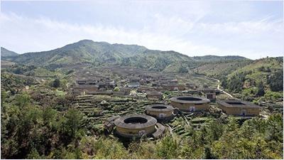 บ้านดินแห่งฝูเจี้ยน (Fujian Earthen Structures)