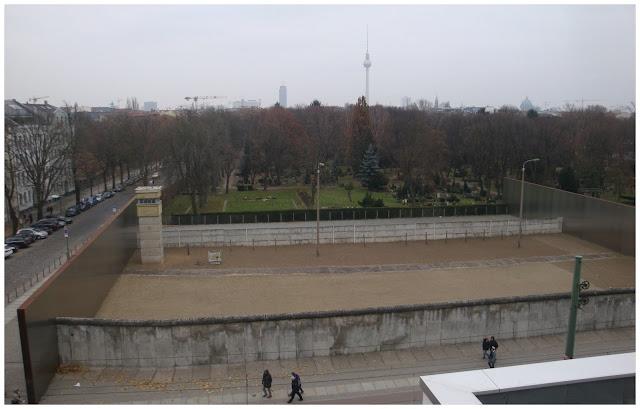 Memorial do Muro na Bernauer Straße em Berlim