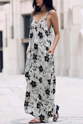 Vestido con flores en blanco y negro