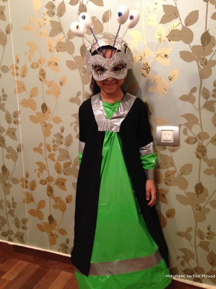 Mayhem in the house: DIY Alien Costume - Easy peesy !