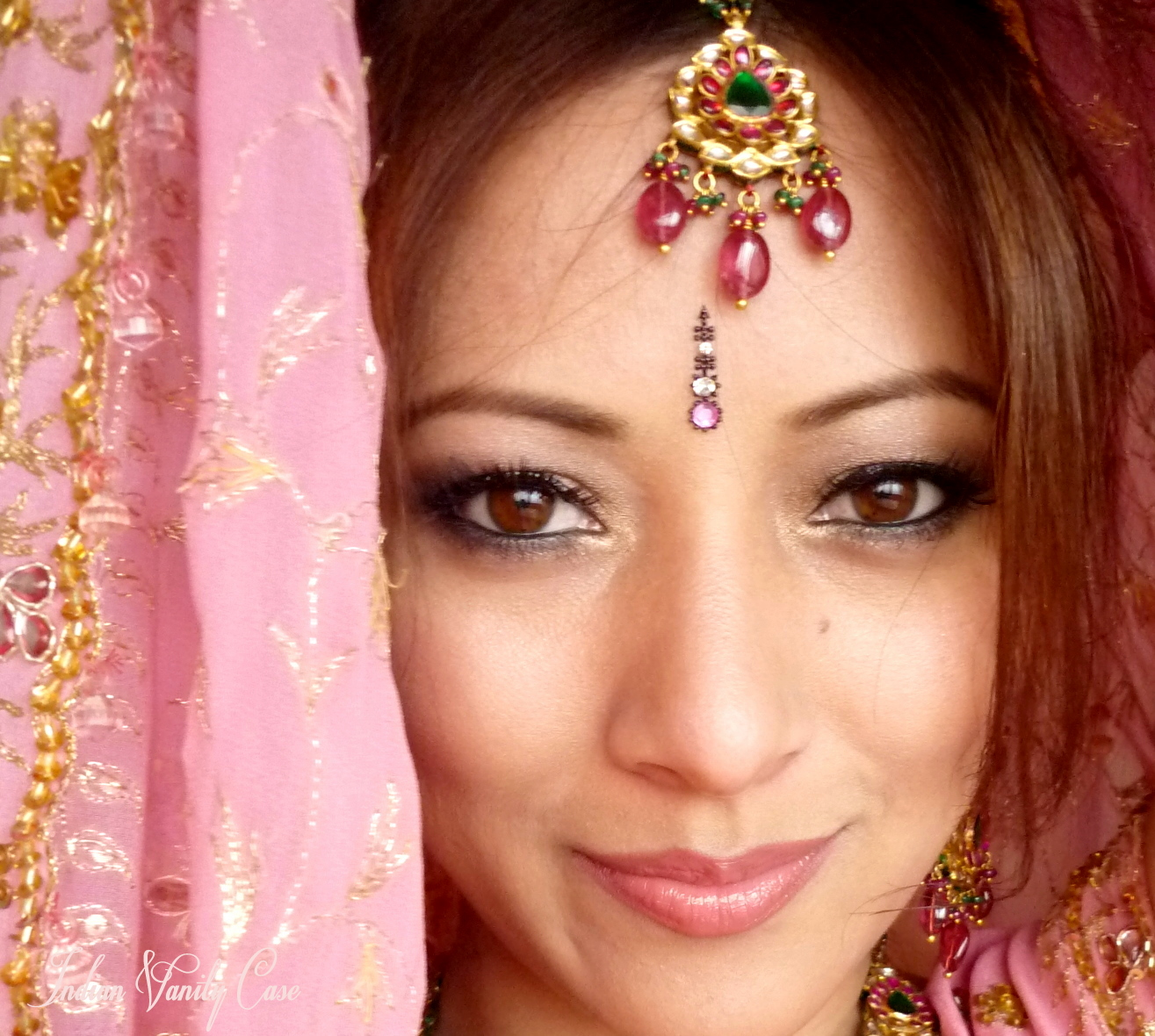 Indian Bridal Eye Makeup: Divalicious: Winter Make Up Look For Brides