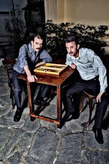 """""""Το τάβλι"""" του Δημήτρη Κεχαΐδη, σε σκηνοθεσία Κυριάκου Δανιηλίδη και Γιώργου Καρύδα."""