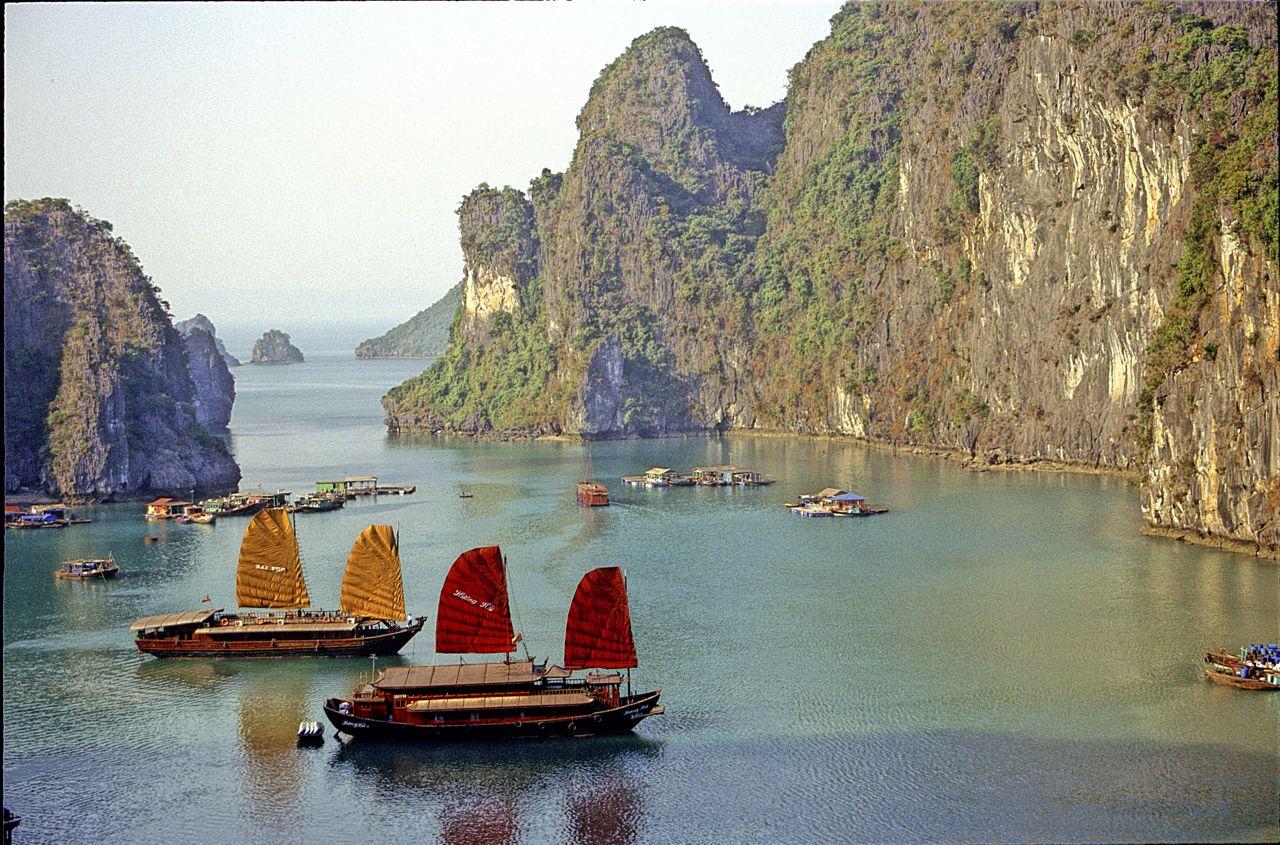 Best Time Travel Vietnam Halong Bay