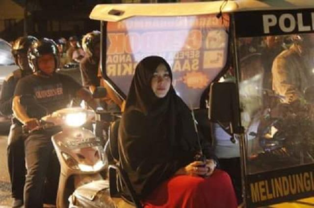 muslimah berkeliaran malam-malam