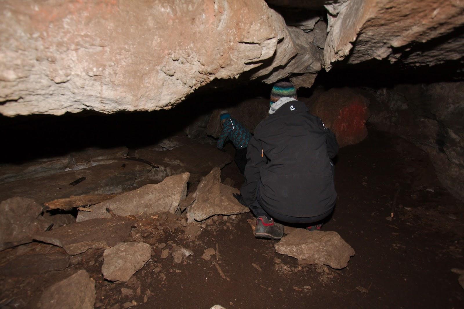 Torholan luolaa sisältä