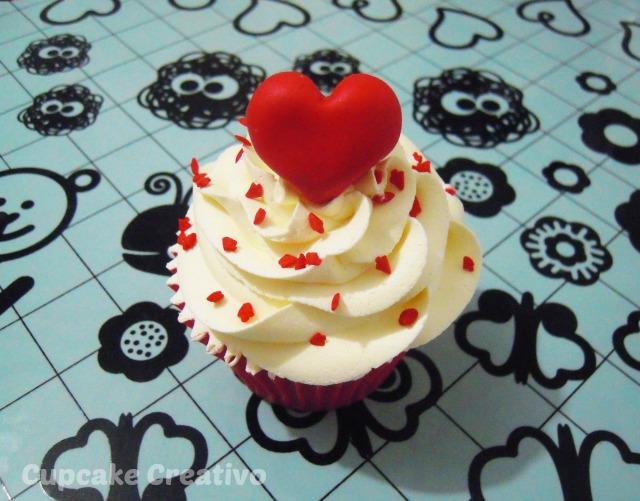 Cupcakes De Corazones San Valentín Cupcake Creativo