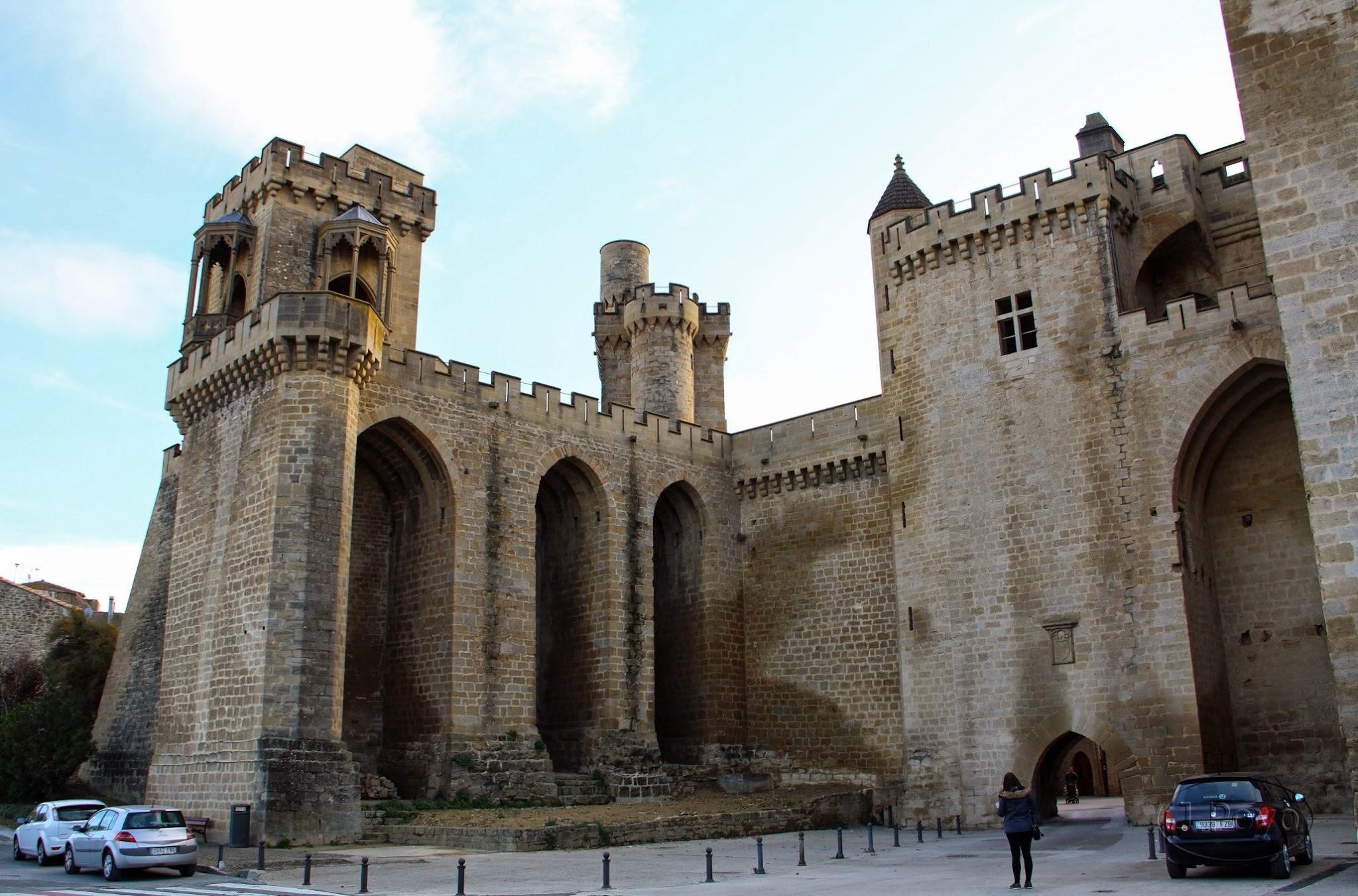 Torre del Aljibe, de los Cuatro Vientos y Portal de Fenero