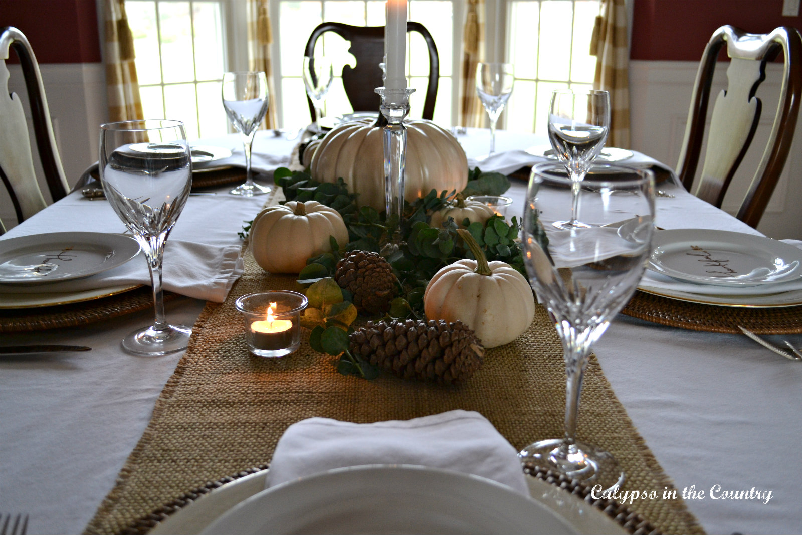 Casually Elegant Thanksgiving Table