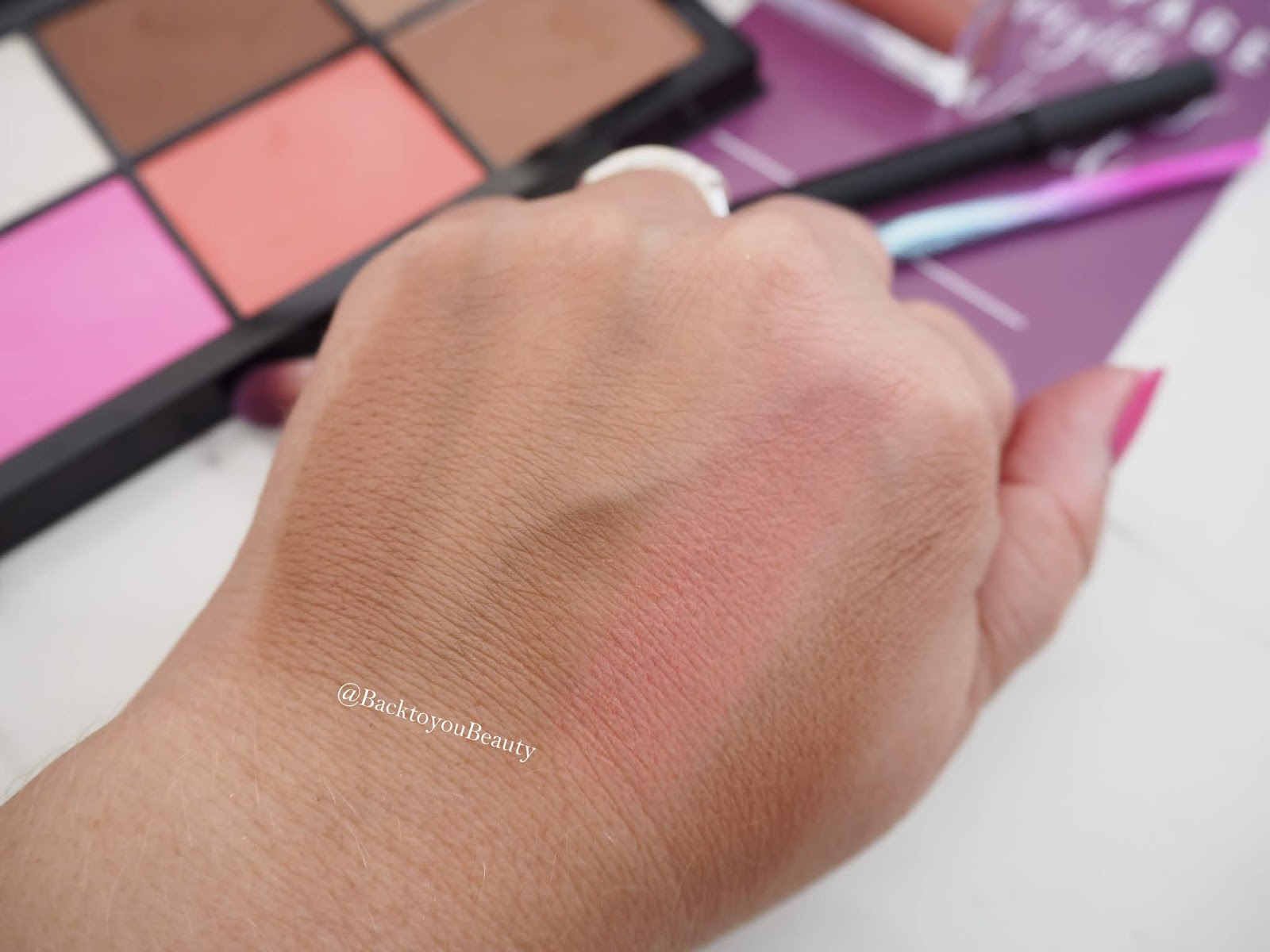 LMX Beauty Face Palette Swatches 2