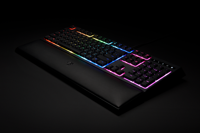 Razer Ornata is a keyboard trying to blend the best of both worlds: the mechanical membrane